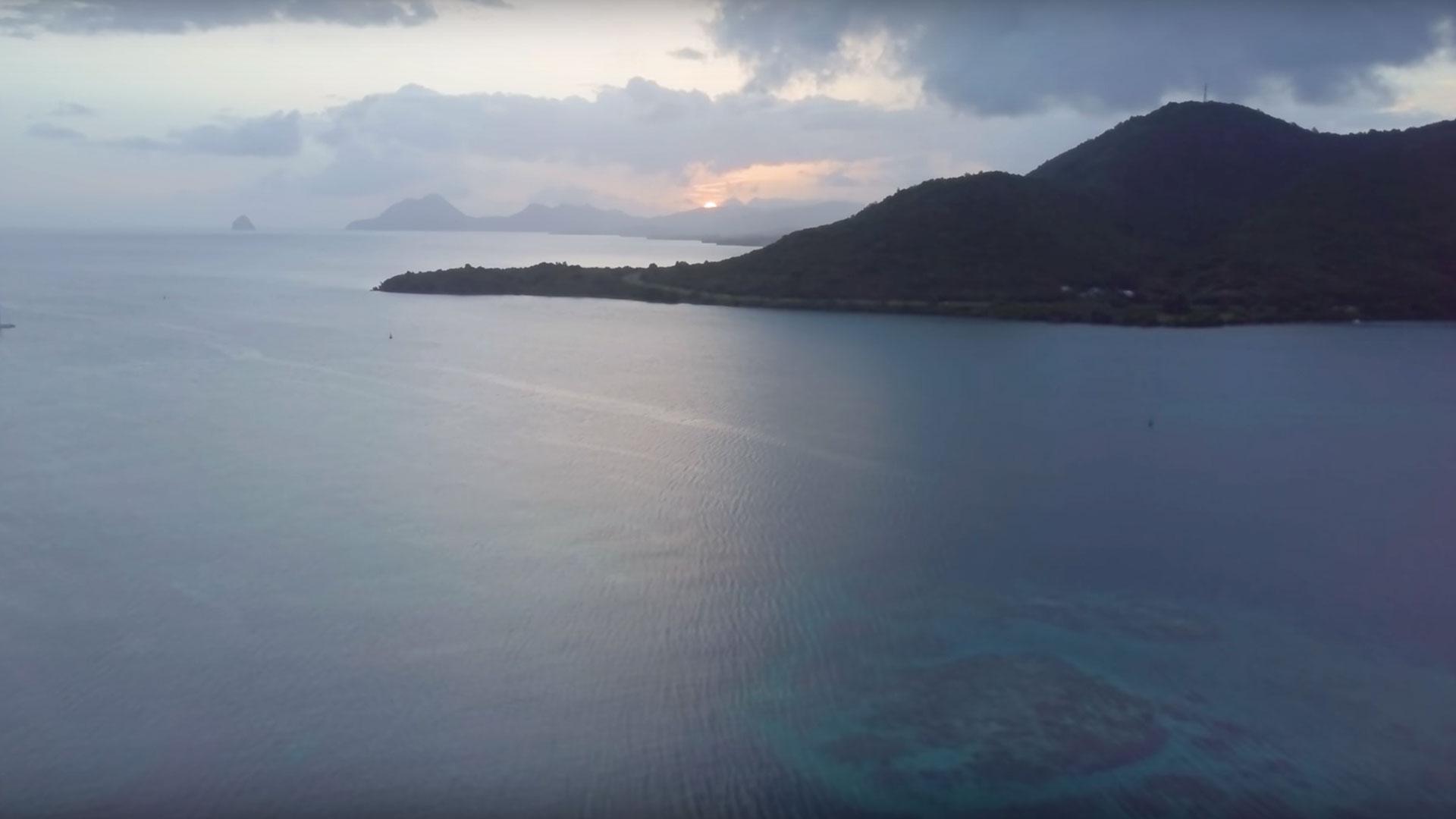 Martinique, vue de la montagne, la femme enceinte